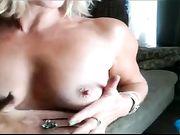 Mamma masturbarsi davanti alla telecamera